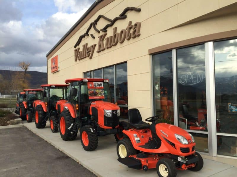 Valley Kubota Heber Store Front Close Up